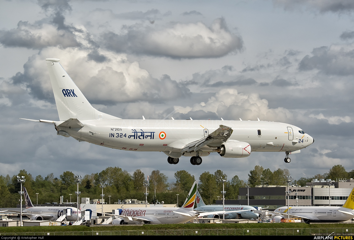 India - Navy N720DS aircraft at Everett - Snohomish County / Paine Field