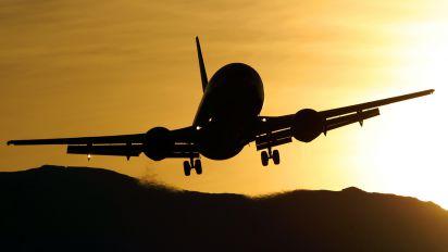 G-DOCY - British Airways Boeing 737-400
