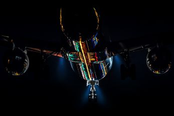 - - JAL - Express Boeing 767-200