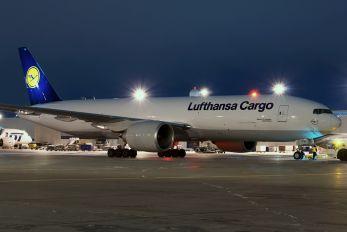 D-ALFB - Lufthansa Cargo Boeing 777F