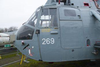 XV677 - Royal Navy Westland Sea King HAS.6CR