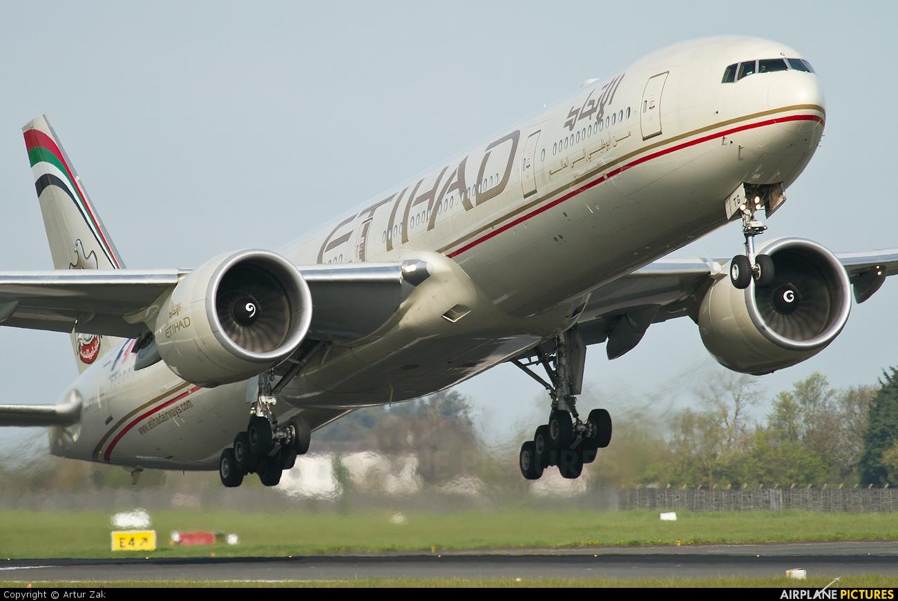 Etihad Airways A6-ETG aircraft at Dublin