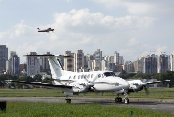 PR-LBJ - Private Beechcraft 200 King Air