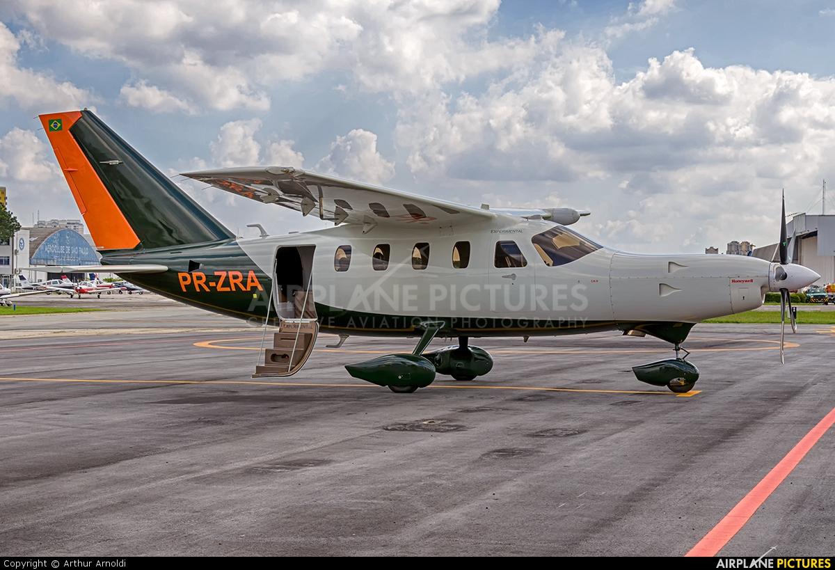 Private PR-ZRA aircraft at São Paulo - Campo de Marte