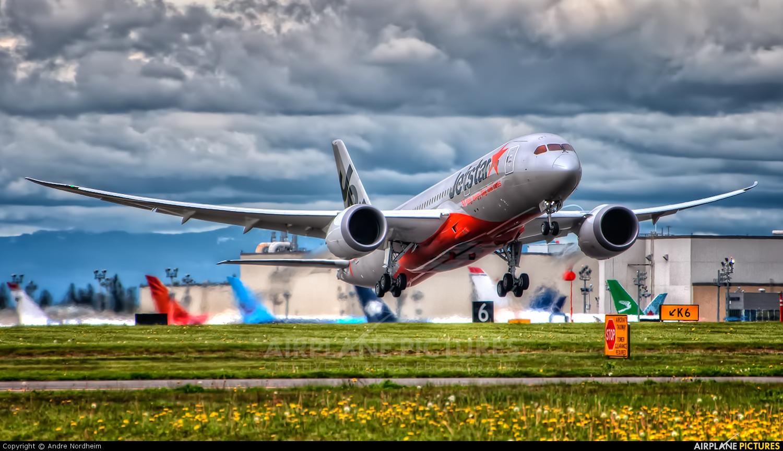 Jetstar Airways VH-VKE aircraft at Everett - Snohomish County / Paine Field