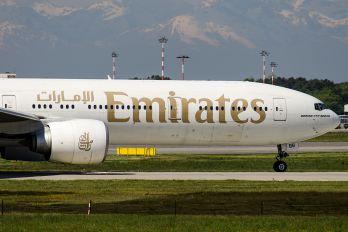 A6-EBG - Emirates Airlines Boeing 777-300ER