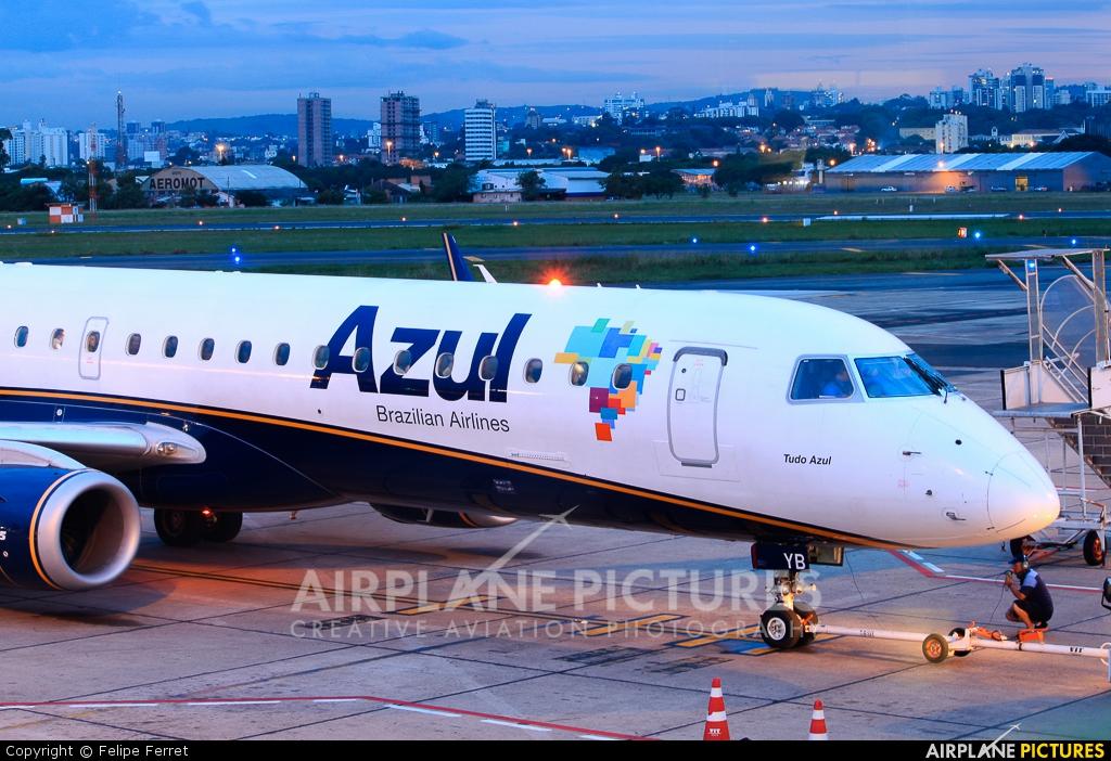 Azul Linhas Aéreas PR-AYB aircraft at Porto Alegre - Salgado Filho