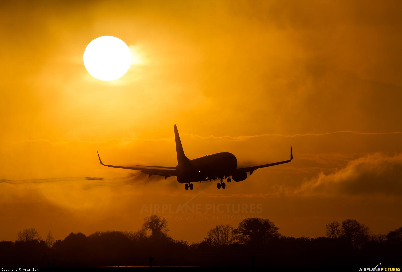 Ryanair EI-DLE aircraft at Dublin
