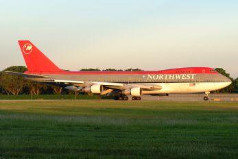 N614US - Northwest Airlines Boeing 747-200