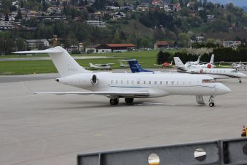 M-NALE - Private Bombardier BD-700 Global 6000