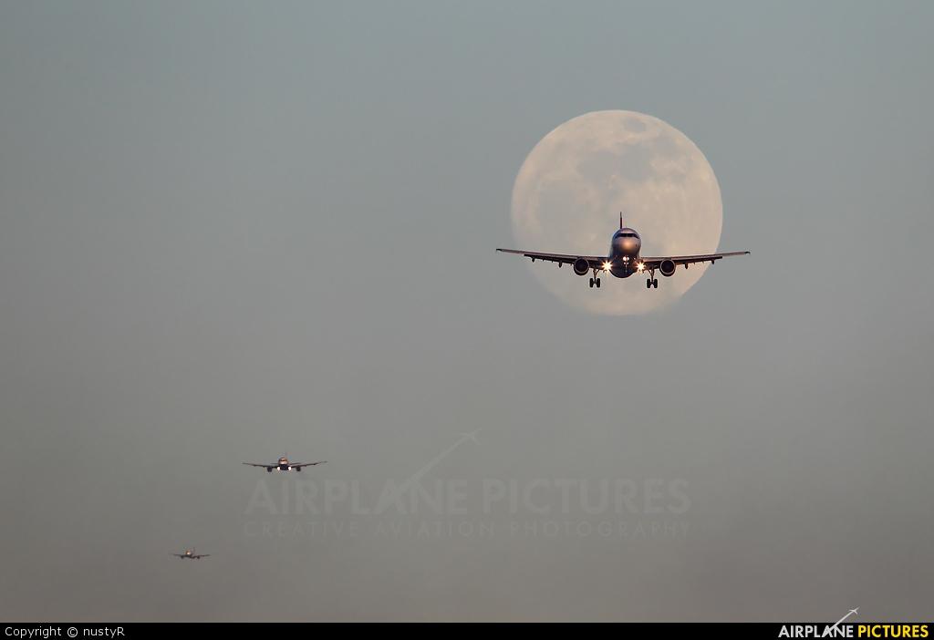 Swiss HB-IOL aircraft at London - Heathrow