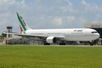 I-AIGG - Air Italy Boeing 767-300