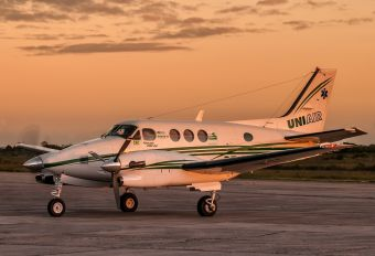 PT-WZC - Uniair Beechcraft 90 King Air