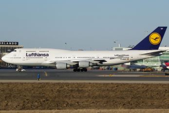 D-ABVP - Lufthansa Boeing 747-400