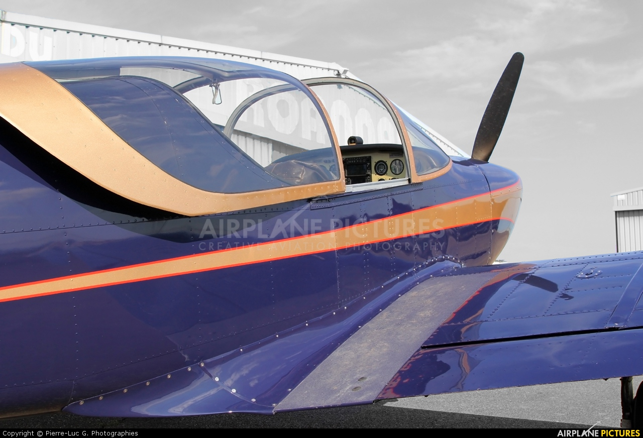 Private N3719K aircraft at Roanne - Renaison
