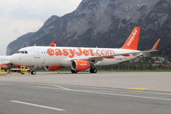 G-EZWT - easyJet Airbus A320