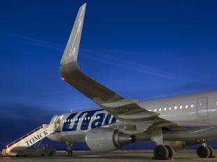 VQ-BRT - UTair Airbus A321
