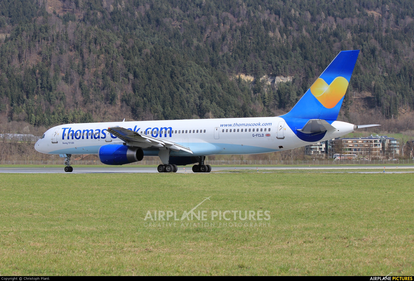 Thomas Cook G-FCLD aircraft at Innsbruck