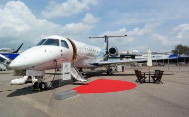N671EE - Embraer Embraer EMB-650 Legacy 650