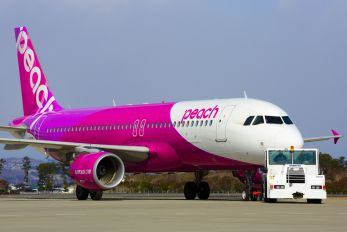 JA801P - Peach Aviation Airbus A320
