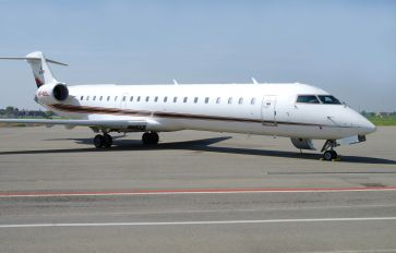 VP-BCL - Private Canadair CL-600 CRJ-702
