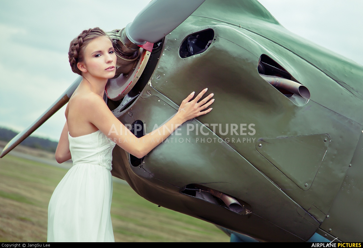 - Aviation Glamour  aircraft at Leopoldsburg - Beverlo