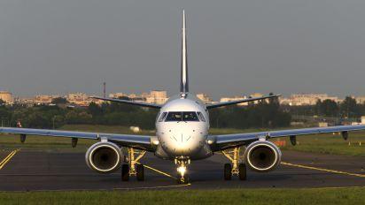 SP-LNF - LOT - Polish Airlines Embraer ERJ-195 (190-200)