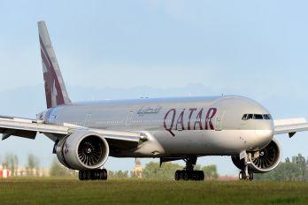 A7-BAJ - Qatar Airways Boeing 777-300ER