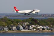 First Turkish Airlines Istanbul - Boston TK 81 title=