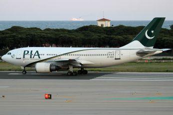 AP-BDZ - PIA - Pakistan International Airlines Airbus A310