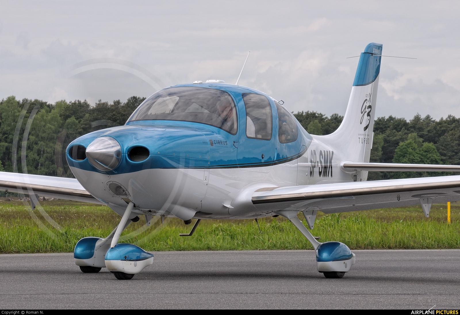 Private SP-SMK aircraft at Bydgoszcz - Szwederowo
