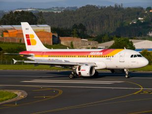 EC-HKO - Iberia Airbus A319