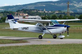 I-PINT - Private Cessna 172 Skyhawk (all models except RG)