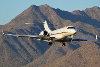 N160QS - Private Bombardier BD-700 Global 6000