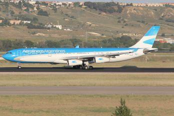 LV-CSE - Aerolineas Argentinas Airbus A340-300