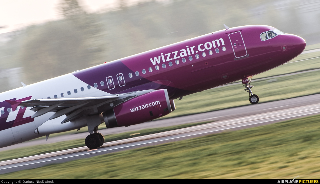 Wizz Air HA-LPN aircraft at Warsaw - Frederic Chopin