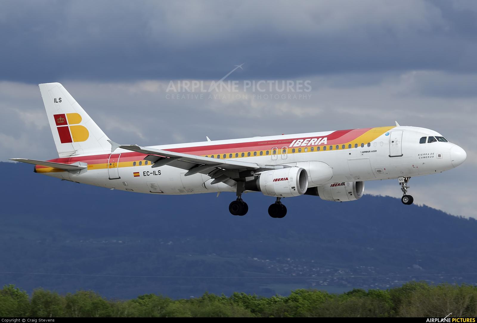 Iberia EC-ILS aircraft at Geneva Intl