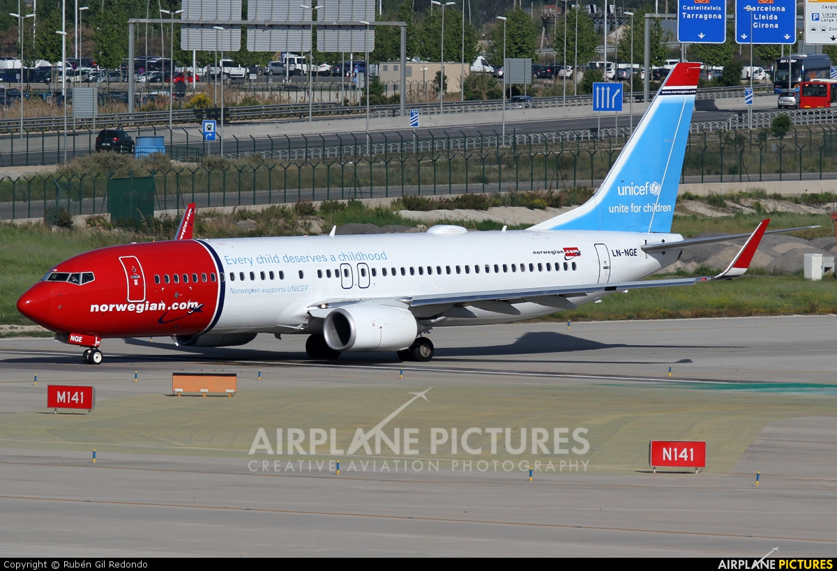 Norwegian Air Shuttle LN-NGE aircraft at Barcelona - El Prat