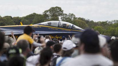 163468 - USA - Navy : Blue Angels McDonnell Douglas F/A-18D Hornet