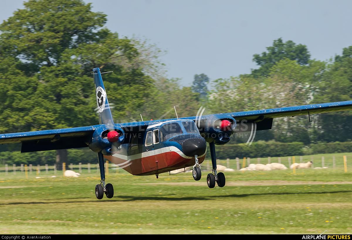 Private G-AXUB aircraft at Lashenden / Headcorn