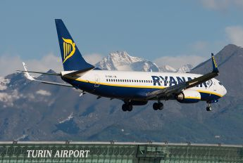 EI-DWD - Ryanair Boeing 737-800