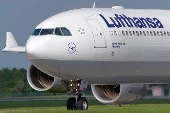 D-AIHM - Lufthansa Airbus A340-600