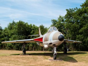XG225 - Royal Air Force Hawker Hunter F.6