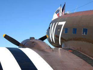 N345AB - Private Douglas DC-3
