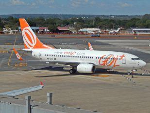 PR-GEC - GOL Transportes Aéreos  Boeing 737-700