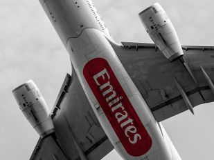 A6-EAR - Emirates Airlines Airbus A330-200