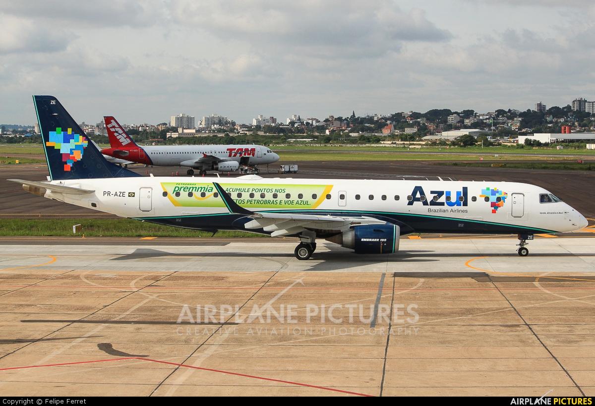 Azul Linhas Aéreas PR-AZE aircraft at Porto Alegre - Salgado Filho