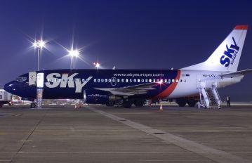 HA-LKV - SkyEurope Boeing 737-300