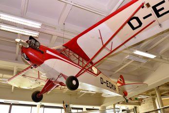 D-EOMA - Private Piper J3 Cub