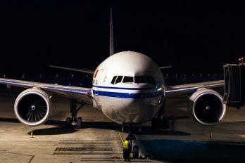 B-2039 - Air China Boeing 777-300ER